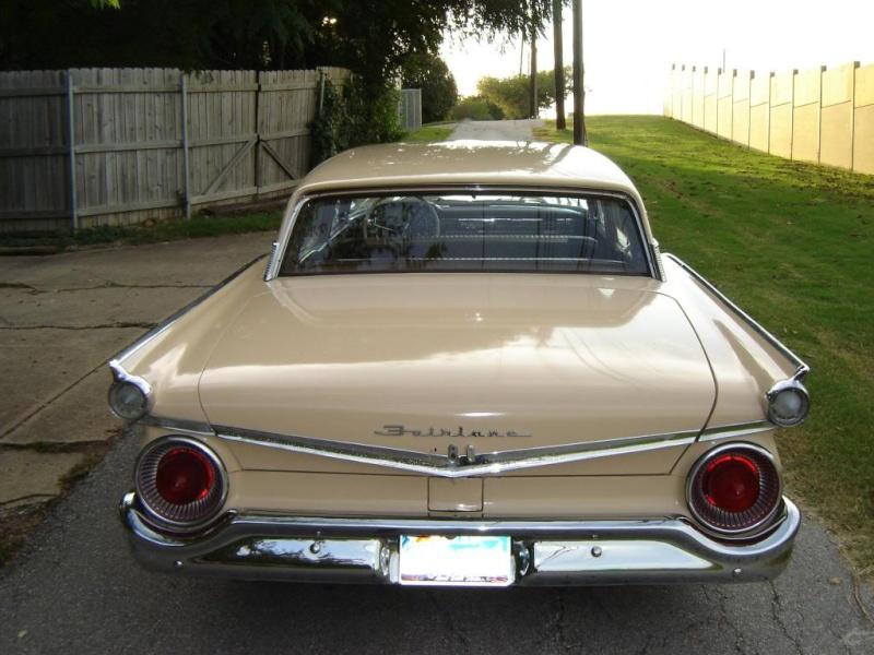 Ford 1959 custom & mild custom Dsc03110