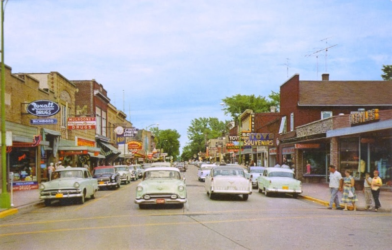 Rues fifties et sixties avec autos - 1950's & 1960's streets with cars Eagle_10