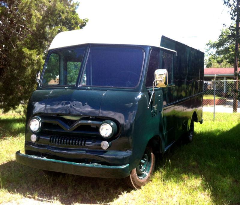 Camionettes et petits utilitaires - Mini truck and Delivery T2ec1421