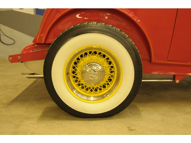 1932 Ford hot rod - Page 2 T2ec1529