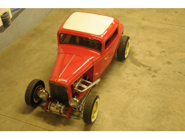 1932 Ford hot rod - Page 2 T2ec1538