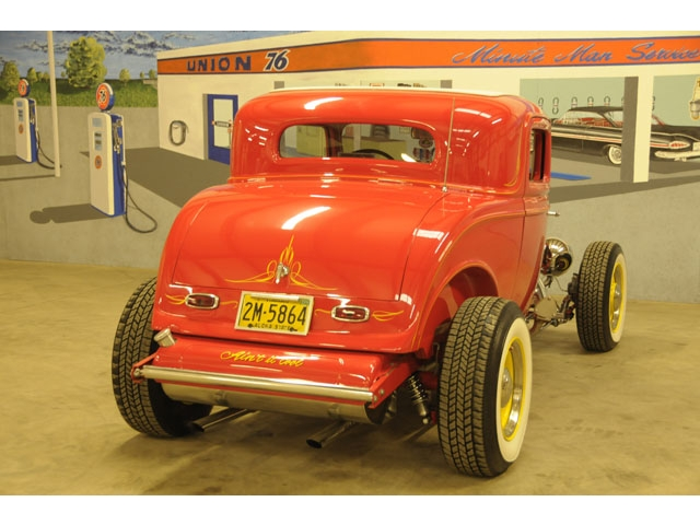 1932 Ford hot rod - Page 2 T2ec1540