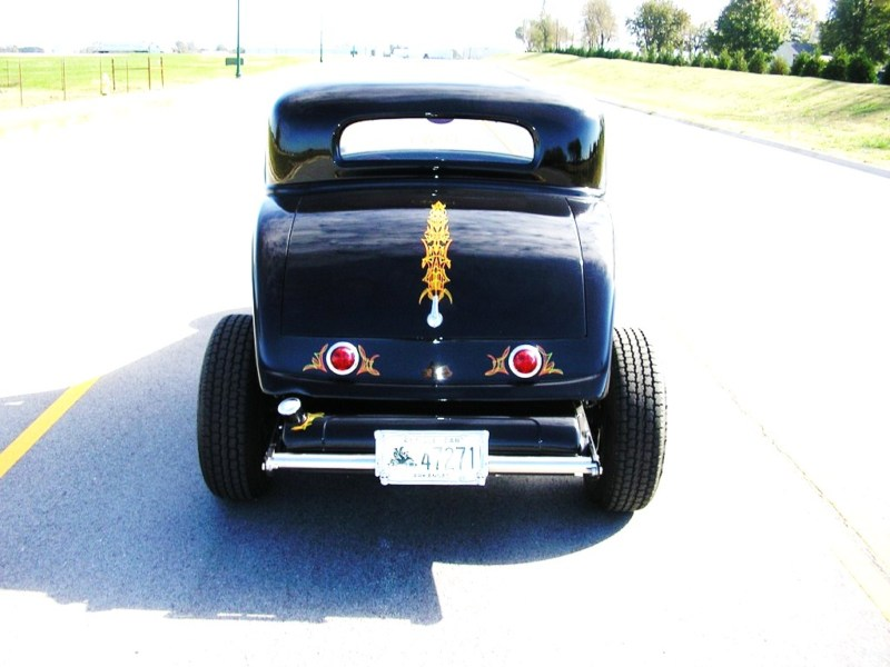 1932 Ford hot rod - Page 2 T2ec1550