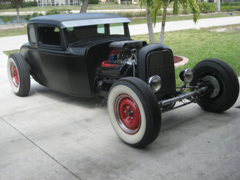 1932 Ford hot rod - Page 2 T2ec1557