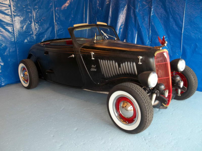 1933 - 34 Ford Hot Rod T2ec2101
