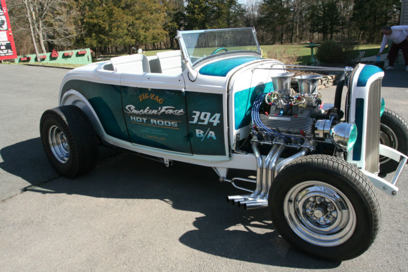 1932 Ford hot rod - Page 2 T2ec2118
