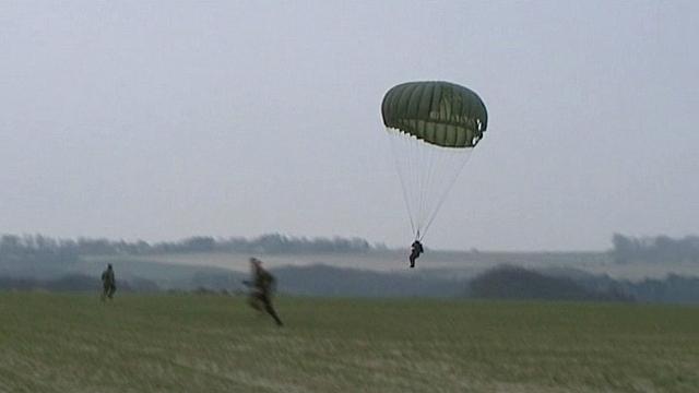 Près du Havre : hommage aux parachutistes de l'opération Biting du 27 février 1942 à Bruneval Pathin10
