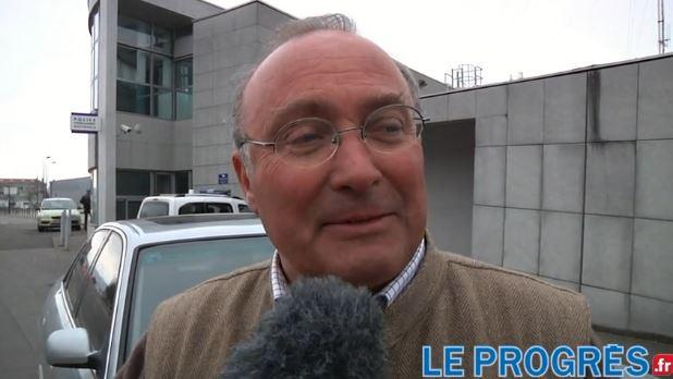 """Après l'affaire des """"bâtards"""" de l'Olympique lyonnais, Xavier Kemlin, arrière-petit-fils de Geoffroy-Guichard, s'en prend à Valérie Trierweiler. Plaint10"""
