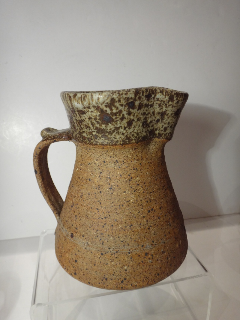 stoneware jug Wsp mark - Washington Studio Pottery? - Lindisfarne Dsc02024