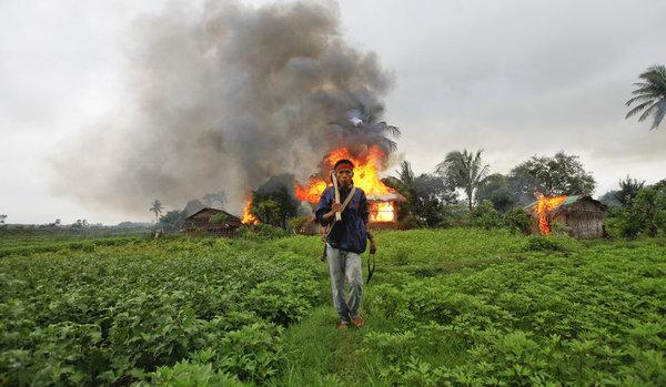 la situation sur le terrain des réfugiés Rohingyas? Rowinj11