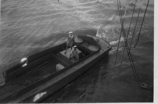 [Divers Navires amphibies] Les LST - Page 20 Lcvp12