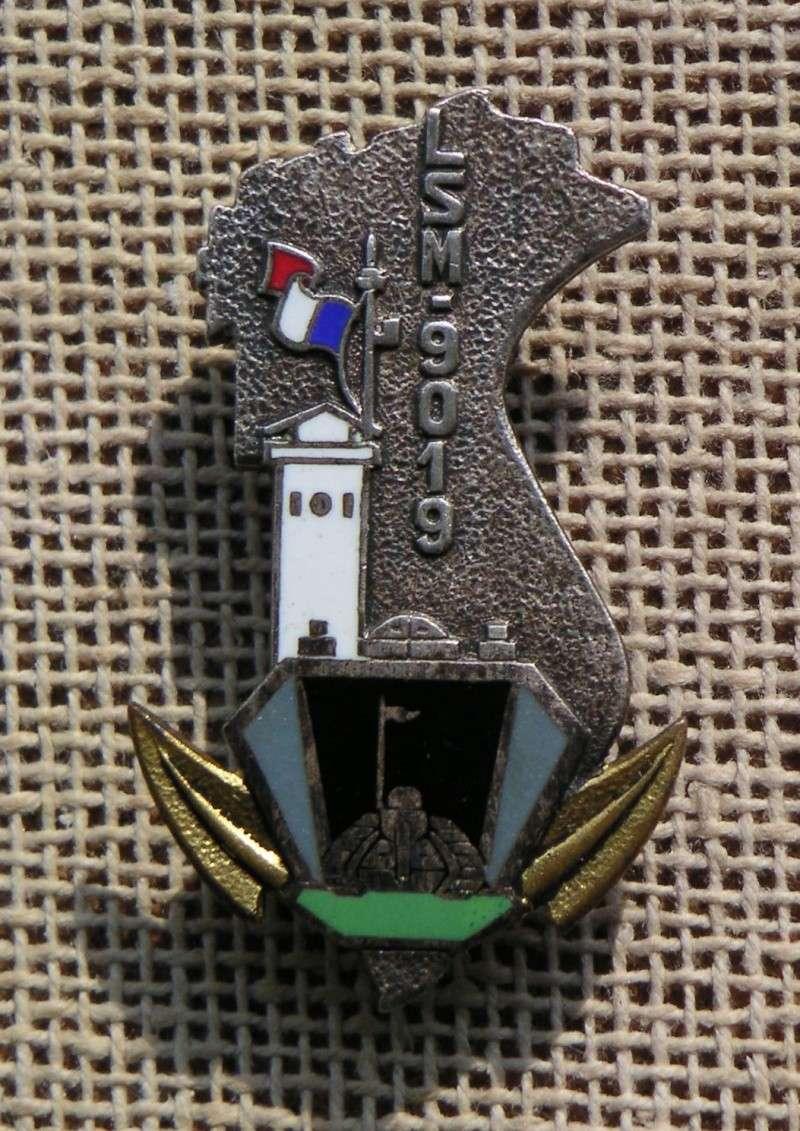 [VERROUILLÉ] Recherche camarades de l'escorteur côtier Pnom Penh (1954 à désarmement) et du LSM 9019  (1955) Indo. Med_ls12