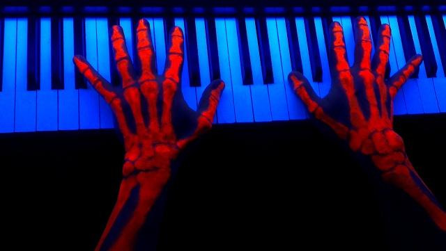 Créations de Cosmic Hands Final_10