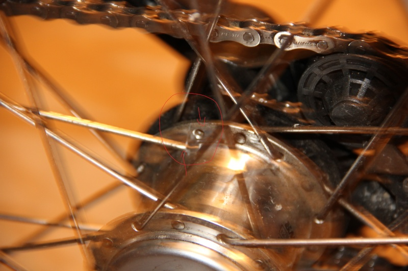 Rayons cassés + début roue voilée  Ok10