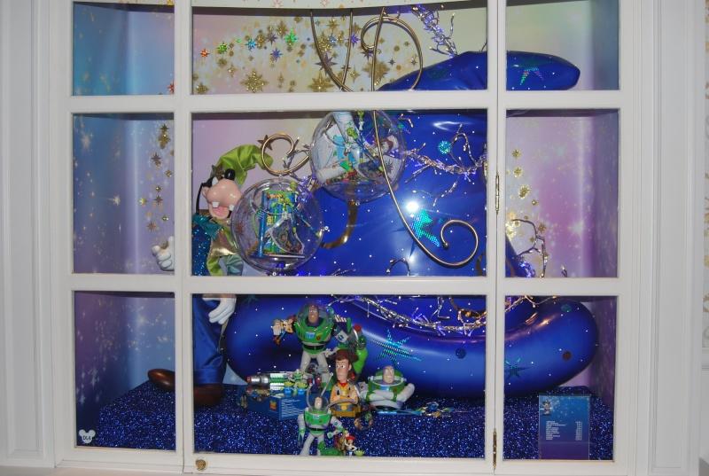 Photos des différentes boutiques des hotels - Page 2 Dsc_0110