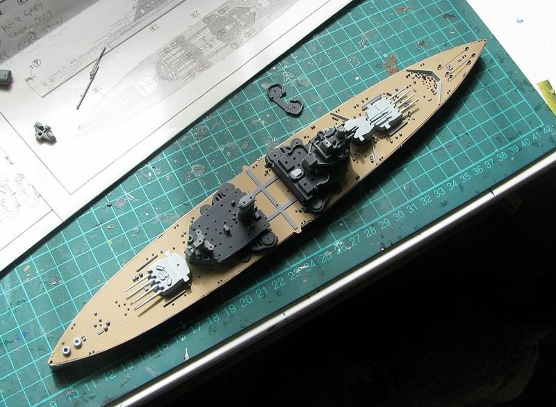 HMS Duke of York - Revell 1/700 Img_3753