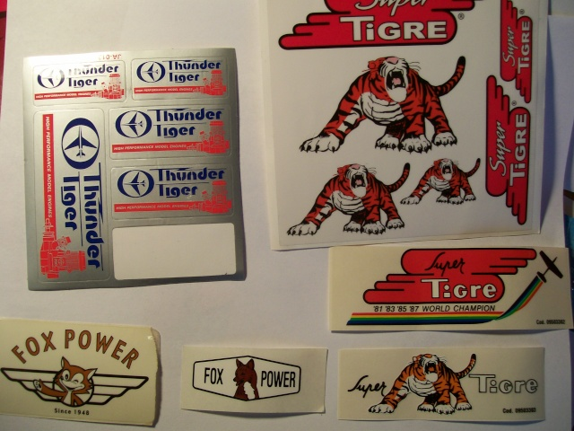 Company badges, trade marks, stickers, decals, logos ... 100_1116