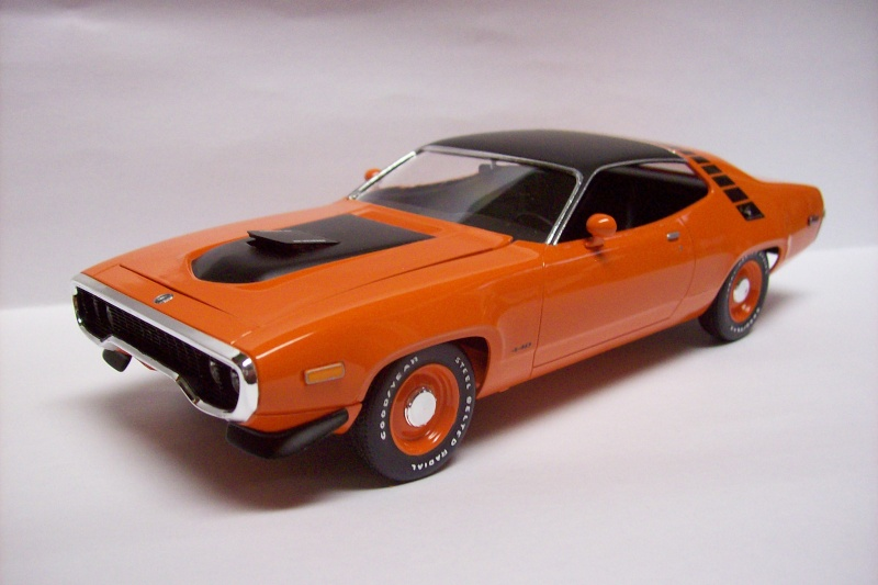 Plymouth Road Runner 1972 100_3818