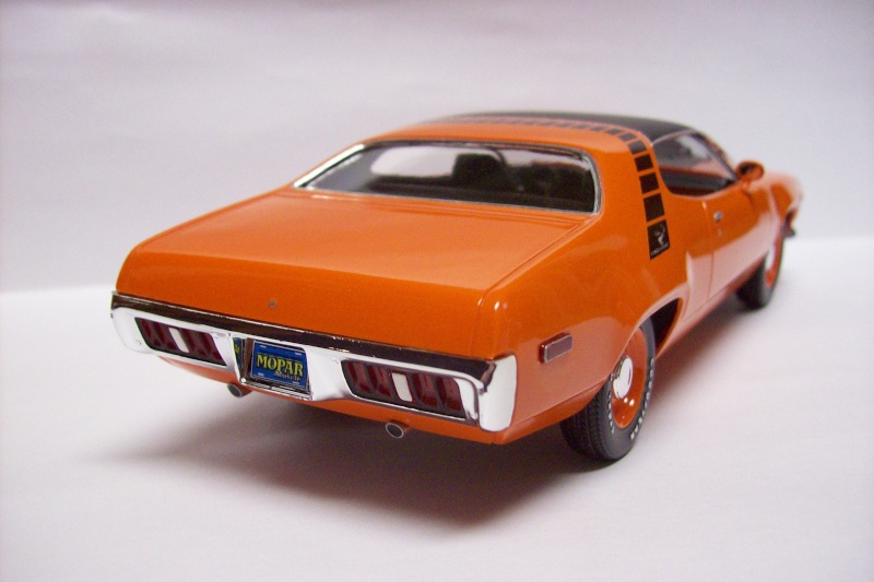 Plymouth Road Runner 1972 100_3819