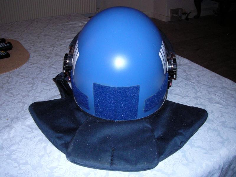 UN riot helmet Sany0012