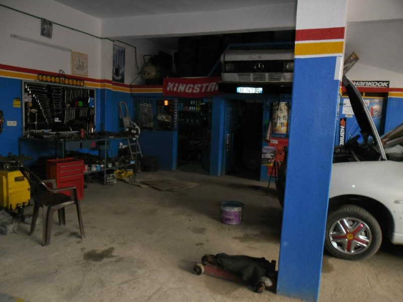 voici mon garage prêt à accueillir la team hummerbox 98i44710