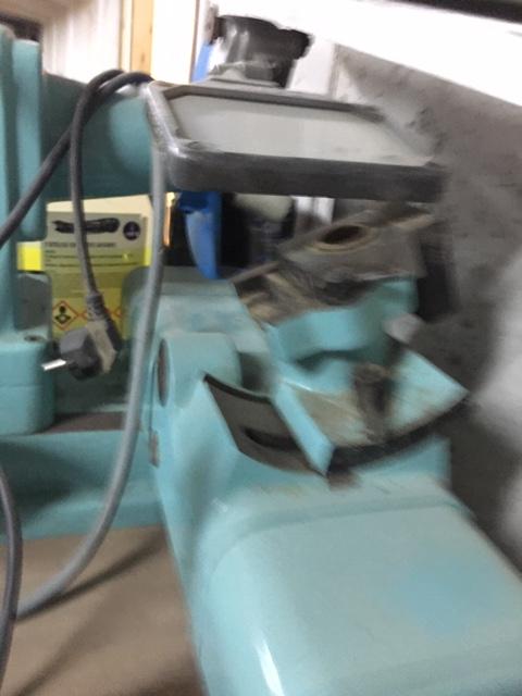 Affûteuse outils de tour a métaux Img_8910