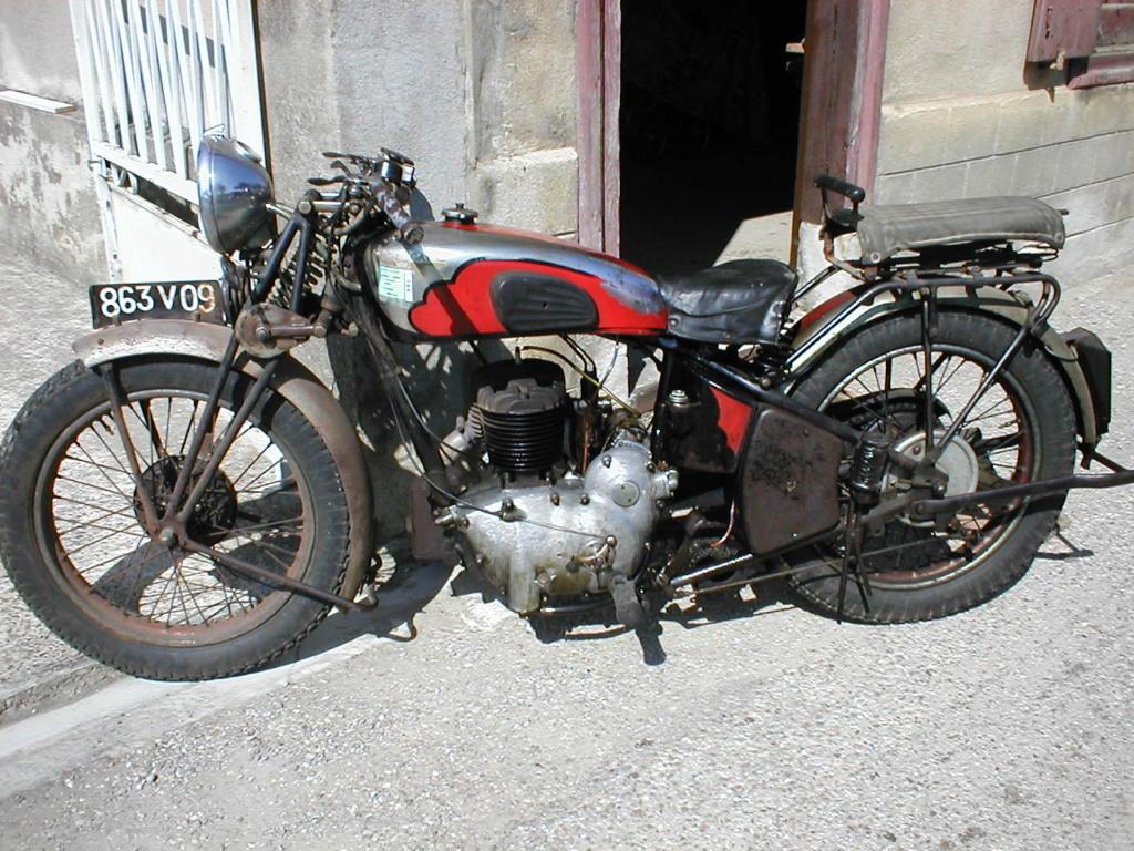 B.C.R. - Ce modèle unique de moto remporte le Grand prix Motul-Fondation du patrimoine 2018 P8110110