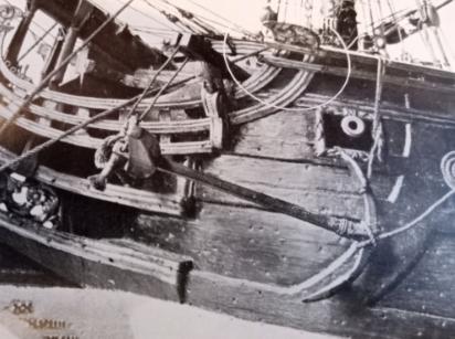 vascello 1760 da 76 cannonni - cartomodello 1/50 autocostruito - Pagina 4 Aafust10