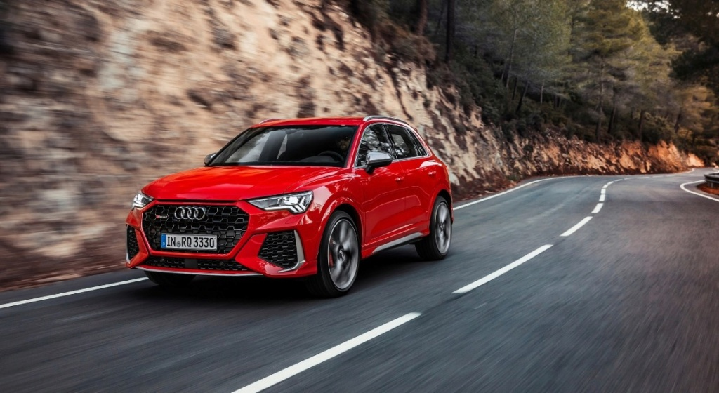 2018 - [Audi] Q3 II - Page 9 Audi-r11