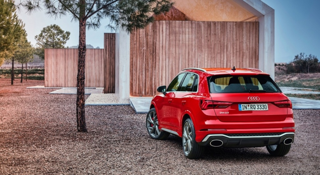 2018 - [Audi] Q3 II - Page 9 Audi-r13