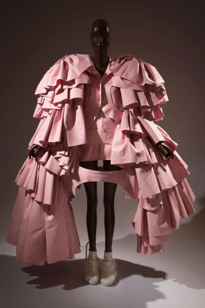 Rose, la couleur des sentiments Pink-r10