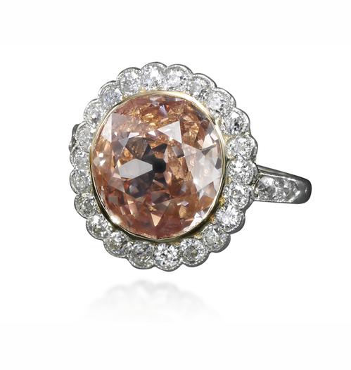 Et si on s'offrait les bijoux de Marie-Antoinette ? Pink_d10