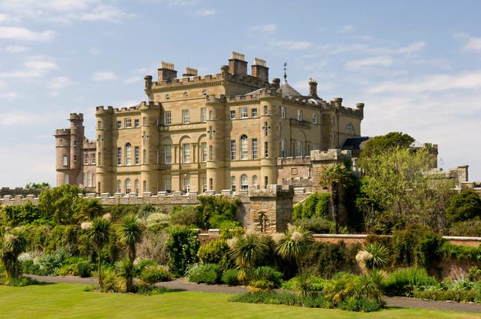 5 châteaux hantés à visiter en Écosse Zfer12