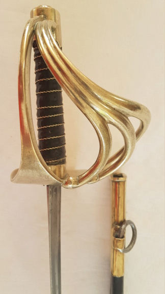 Identification sabre dragon 1812 3012