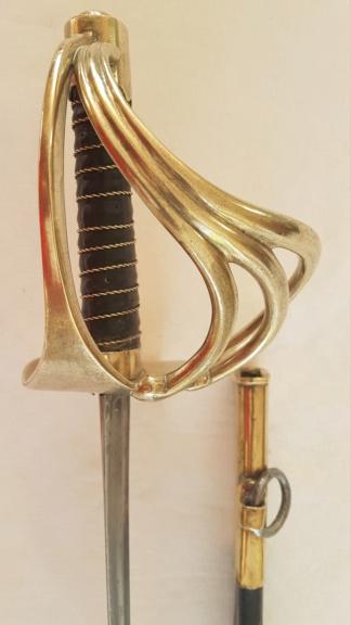 Identification sabre dragon 1812 3013