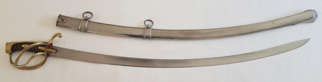 Les sabres d'officier de cavalerie légère à la chasseur - Page 2 6011
