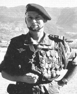 colonel CHATEAU-JOBERT Chatea10