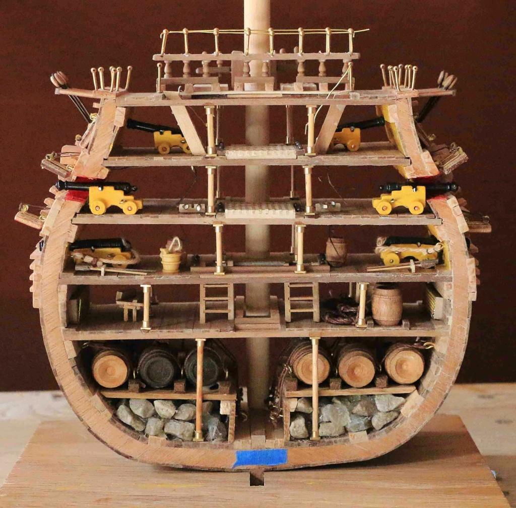 HMS Victory (section centrale 1/100°) de marcus78 Hms-410