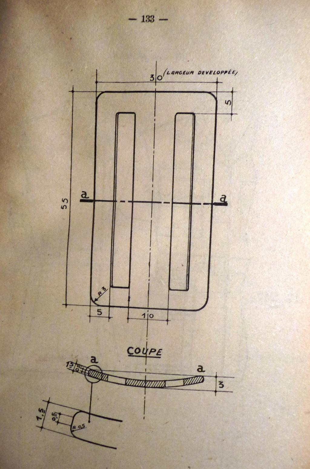 """Recherche """"instructions relatives aux tenues et uniformes"""" de 1958 00710"""