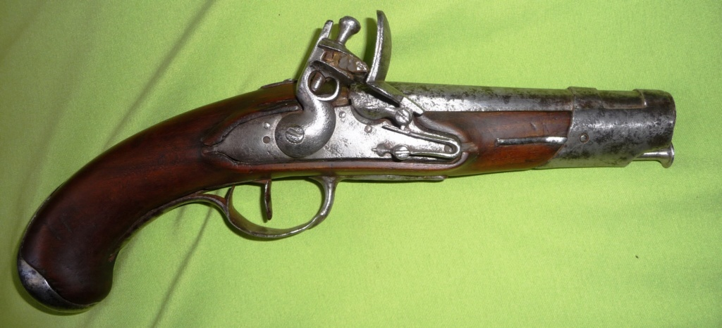trouvaille d'un pistolet à silex Genrev11