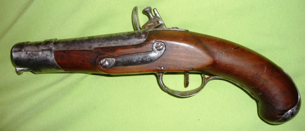 trouvaille d'un pistolet à silex Genrev12