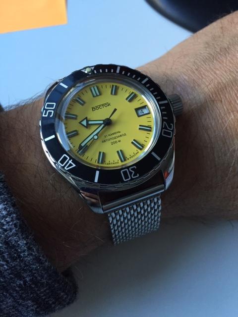 Votre montre du jour - Page 25 Yellow12