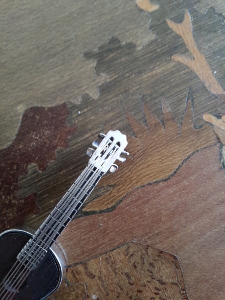Pendentif Guitare Argent et Palissandre  20181041