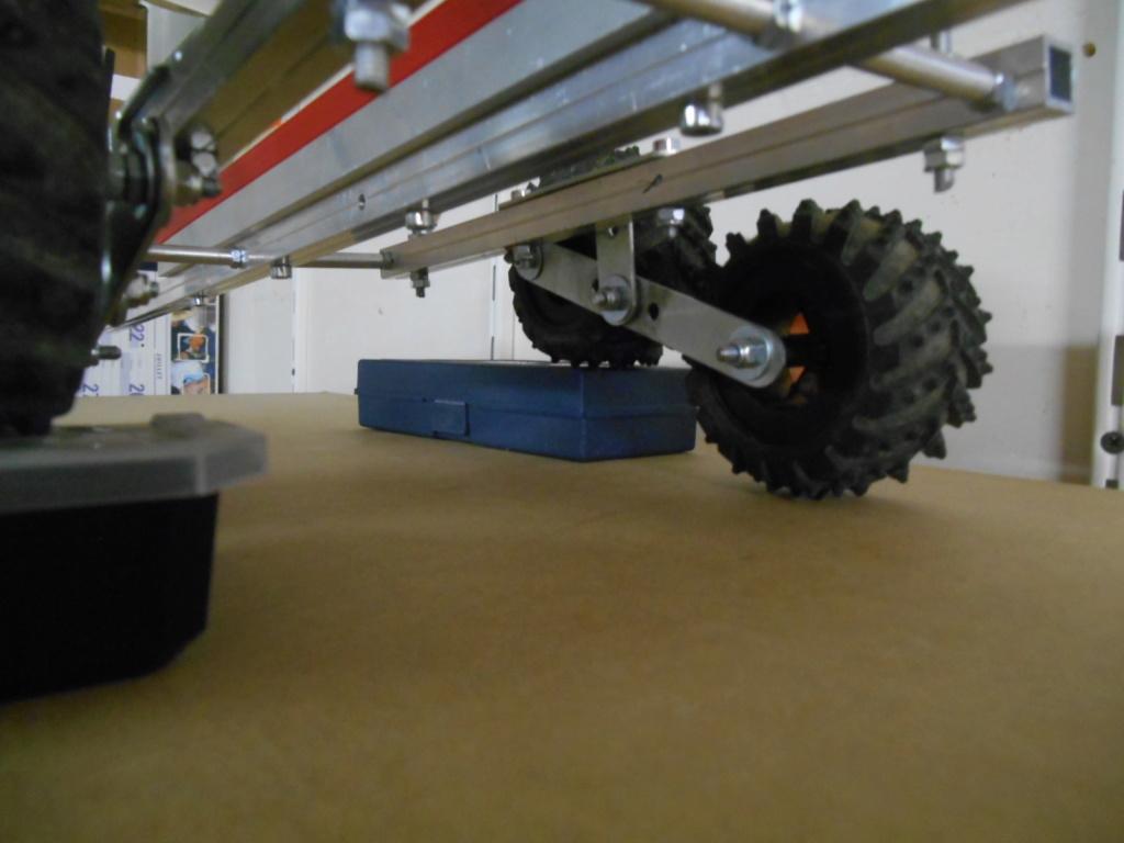 Fabrication de remorque double essieux fait maison tout en alu - Page 3 00811
