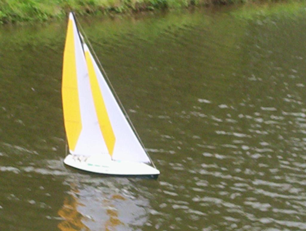 Maquette de bateaux  100_2911