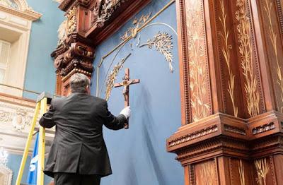 PÉTITION pour sauver le Crucifix à l'Assemblée Nationale du Québec ! 66128110