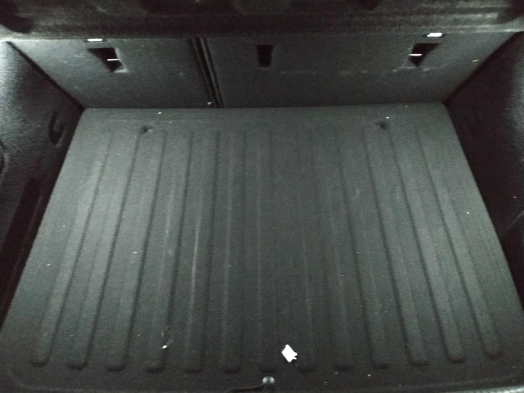 En el maletero... 310