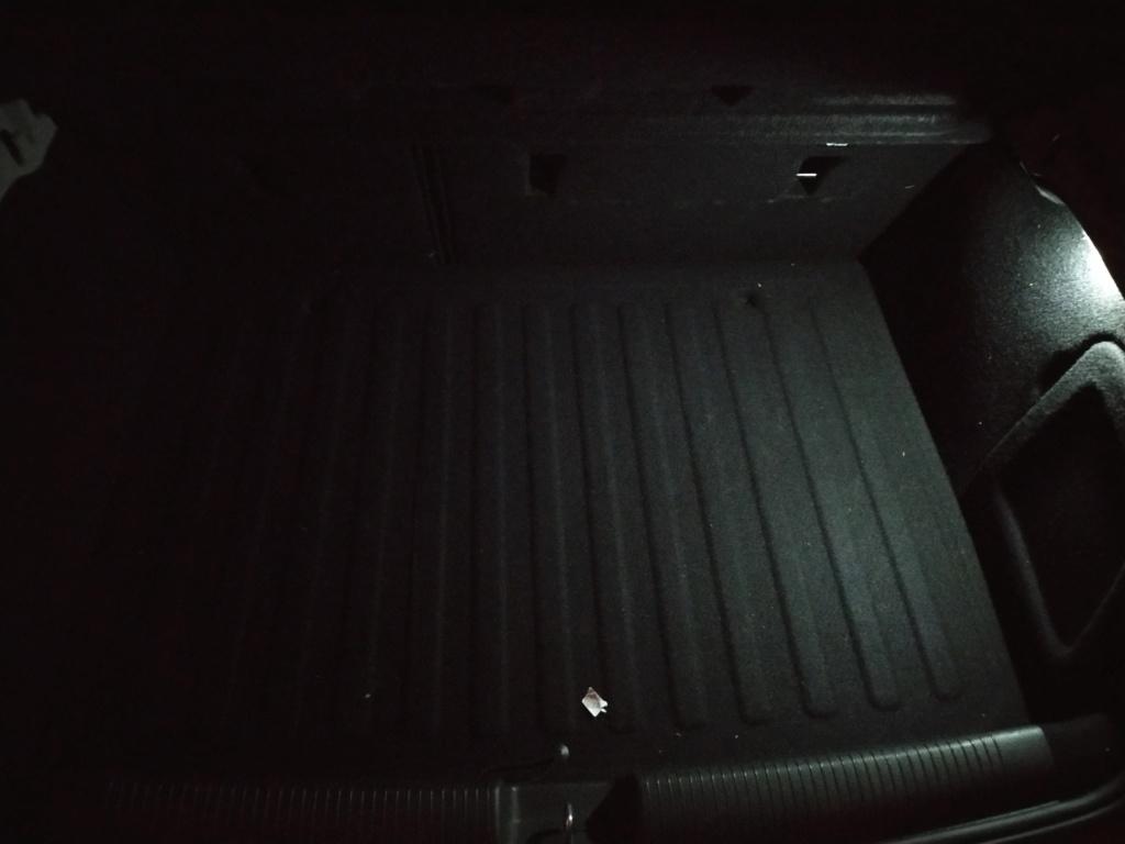 En el maletero... 410