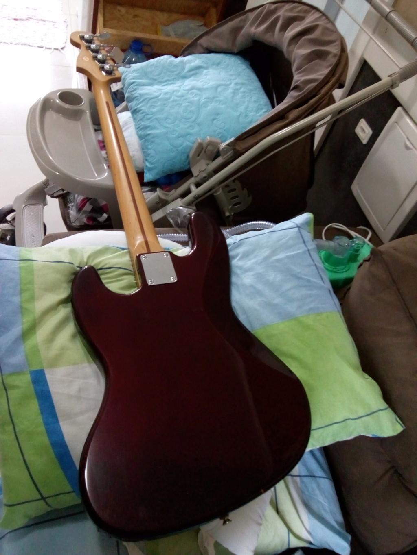 Jazz Bass Squier made in korea!!! Img_2014