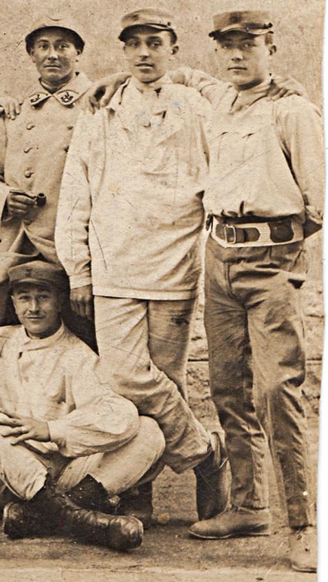 Une famille bleu-jonquille ! 1916_012